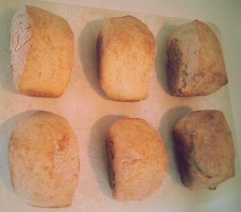Petits pains blanc au four