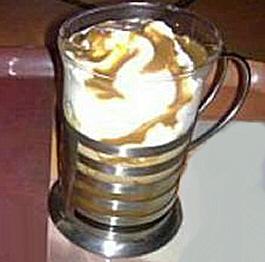 Tiramisus glacés Sauce au caramel et au café